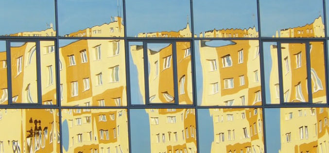 3 Signs You Need New Windows for Your Office Building