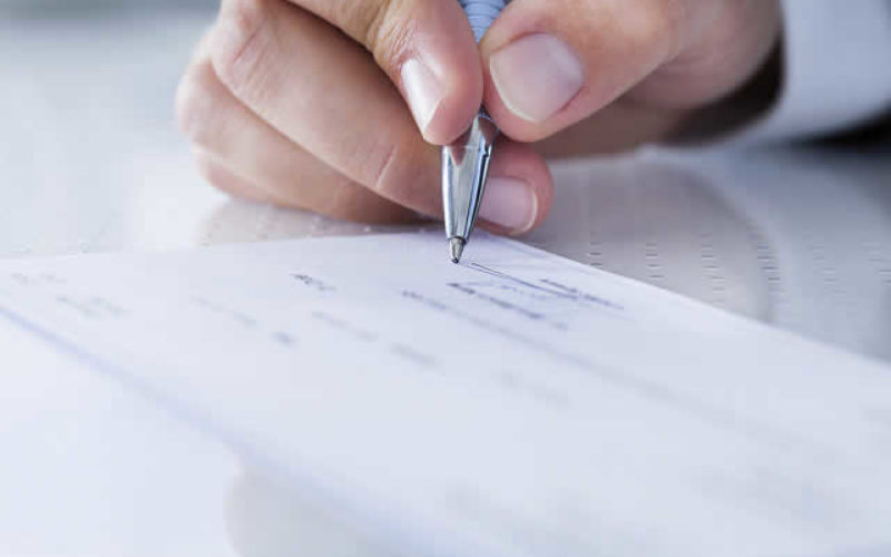 How Personal Checks can be Used to Sustain a Personal Touch for Your Small Business