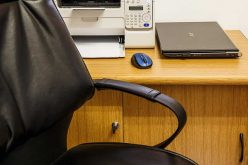4 Major Ways a Desk Job Can Wreck Your Body (and How to Prevent It)