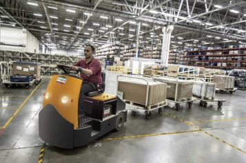 Inside the Warehouse: How to Make Sure You Have a Safe Work Environment