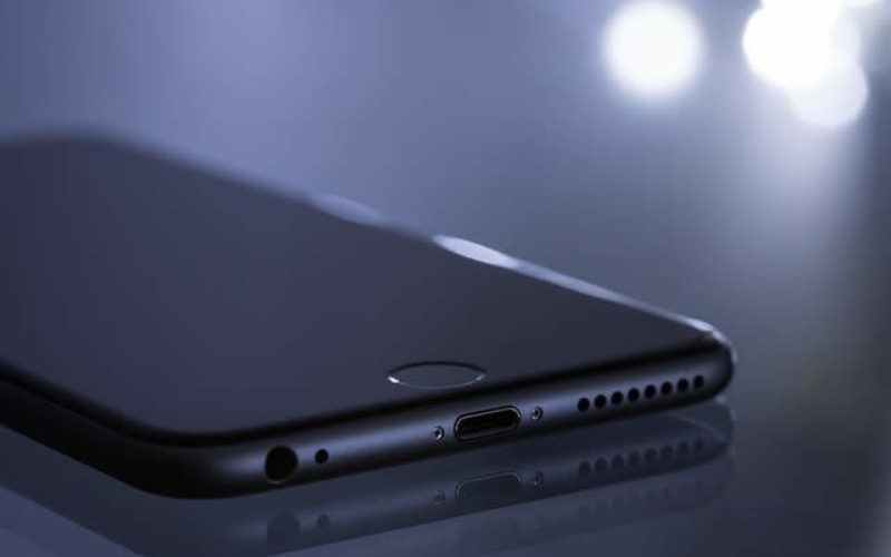 7 Simple Yet Brilliant Tips to Keep Your Smartphone Safe
