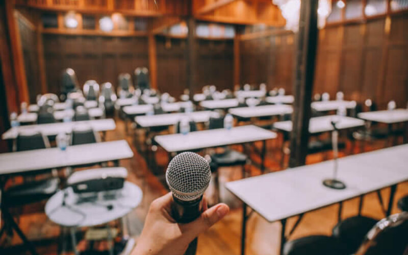 4 Ways to Simplify Planning Your Next Business Event