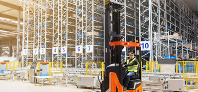 The Benefits of Using Reach Trucks