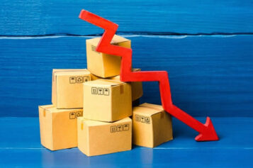 How Manufacturers Can Reduce Freight Costs