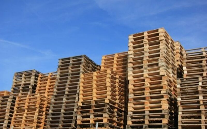 Reasons Your Business Should Recycle Its Pallets